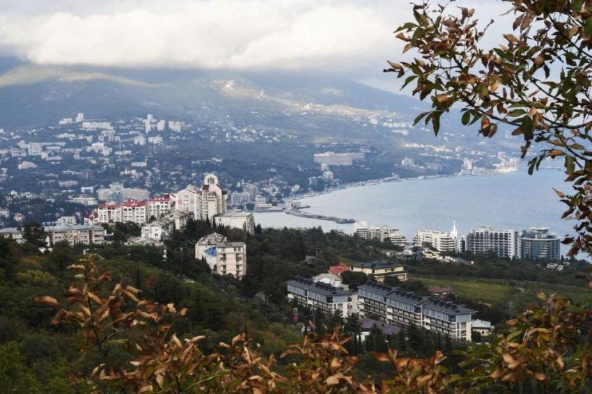 Владеть землей в Крыму больше не могут иностранцы