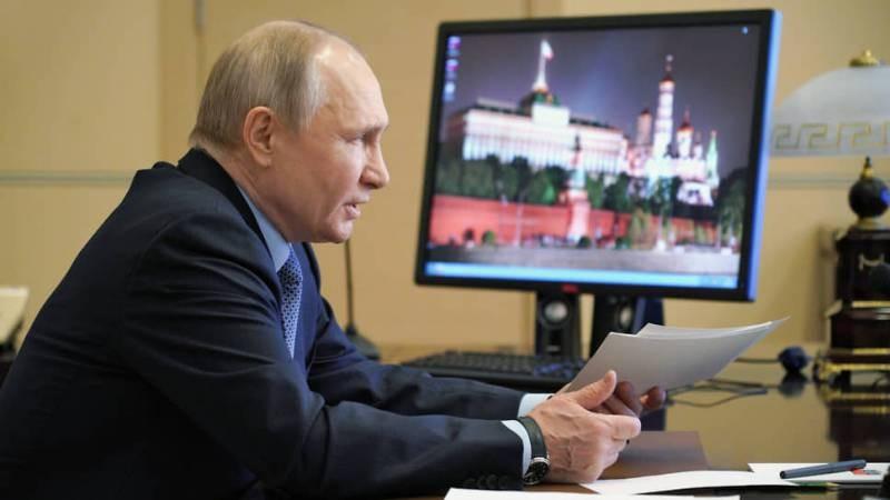 Владимир Путин заявил о необходимости регулирования числа детей мигрантов в школах РФ