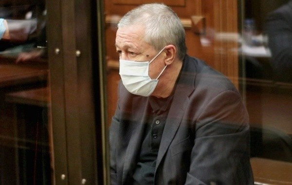 Экс-супруга Ефремова объяснила, почему не навещает его в тюрьме