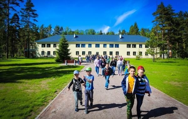 В России отменен запрет на отдых детей за пределами региона постоянного проживания