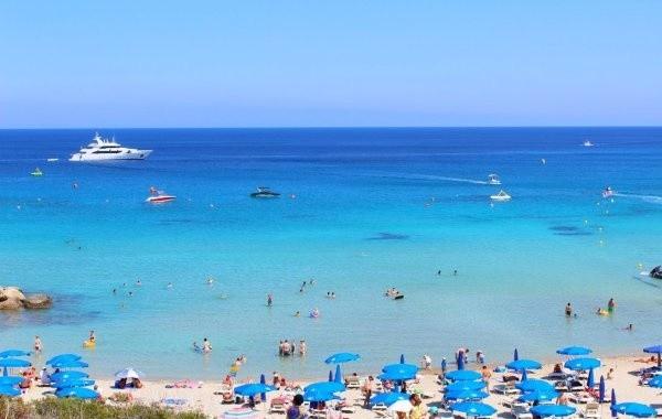 Кипр вскоре откроет границы для россиян