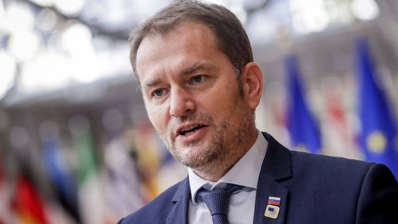 Словакия угрожает России публикацией договора о покупке вакцины «Спутник V»