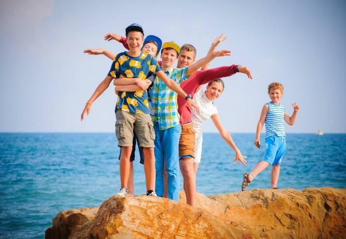 С какого числа в мае 2021 года у школьников России начнутся каникулы