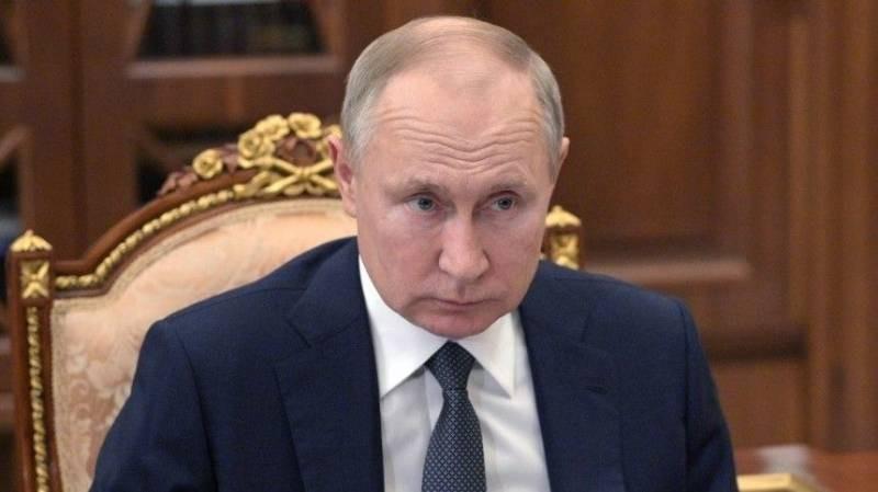 Владимир Путин осудил высказывания Дмитрия Чернышенко о туристах в Долине гейзеров