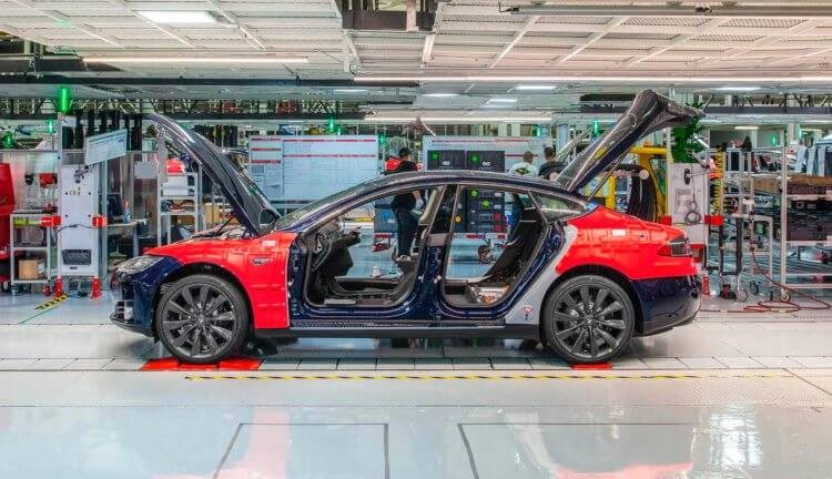 Илон Маск собирается построить завод Tesla в России в ближайшем будущем