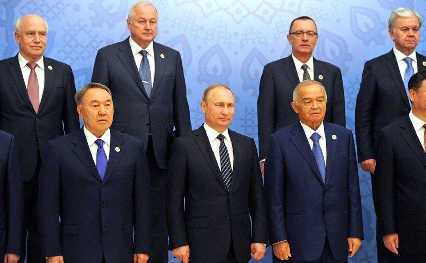 Сколько получают президенты разных стран?