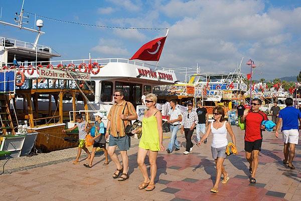 В Турции не уверены в возобновлении авиасообщения с Россией в июне 2021 года
