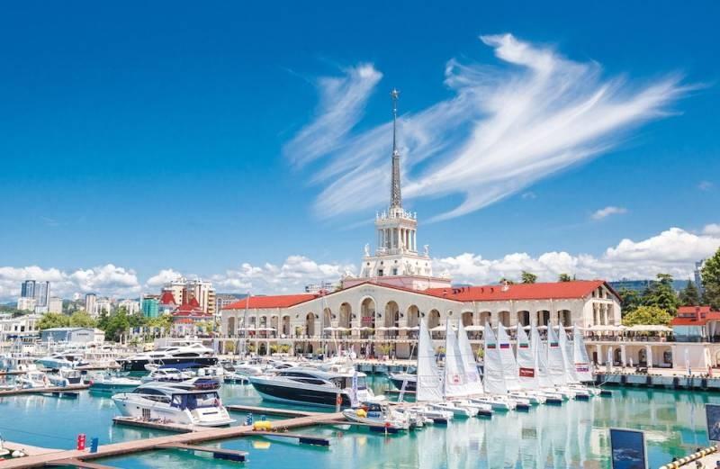 Как россиянам въехать в Абхазию на отдых летом 2021 года