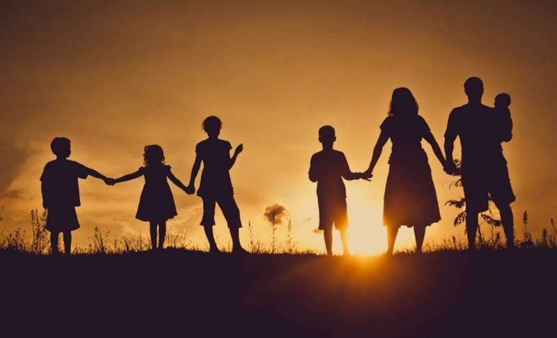 Статус малоимущей семьи: как рассчитать доход и получить пособие