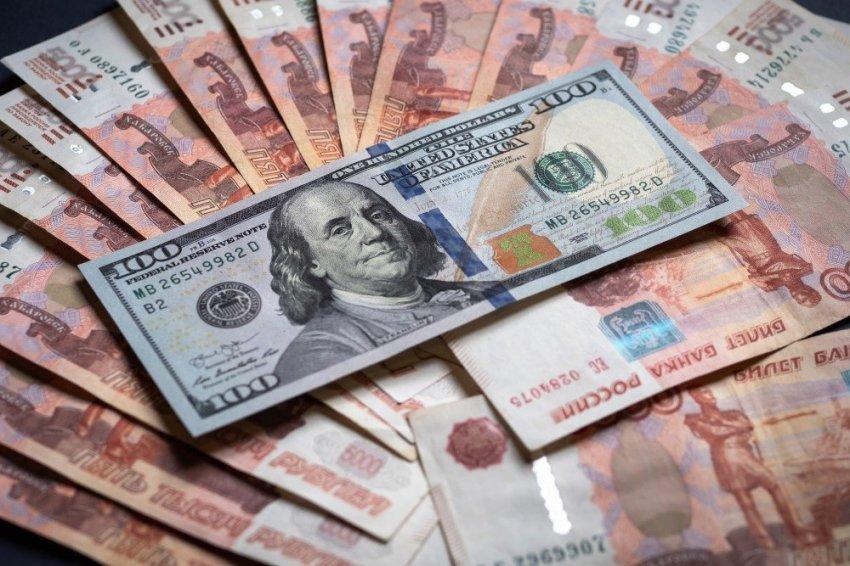 Эксперты рассказали, что ждет рубль и доллар после саммита в Женеве