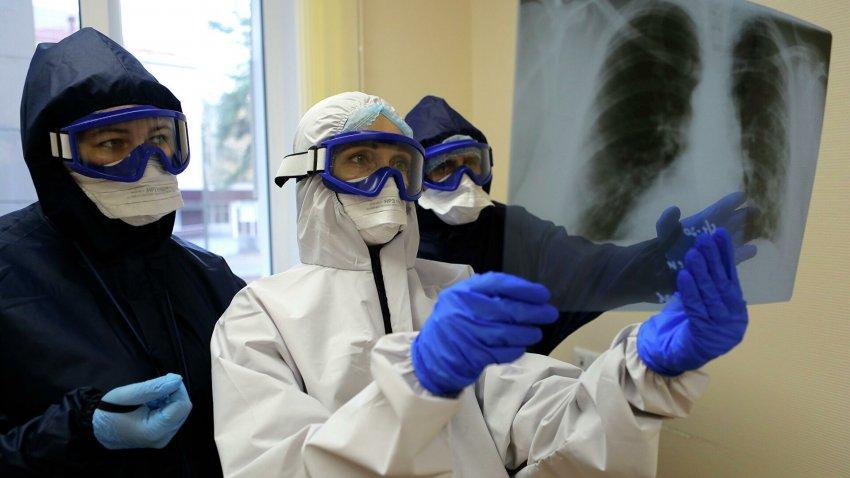 Фан-зоны и танцполы вне закона: в Москве с 22 июня 2021 года заработали новые ограничения из-за коронавируса