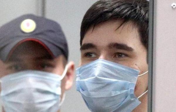 Следователи просят продлить арест казанскому стрелку Ильназу Галявиеву