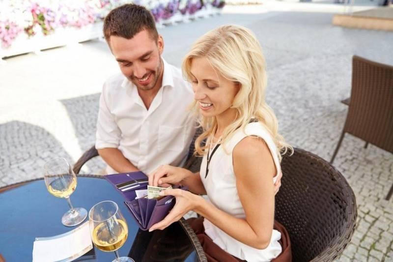 Выгода или любовь: что стоит на первом месте для современного мужчины при выборе женщины