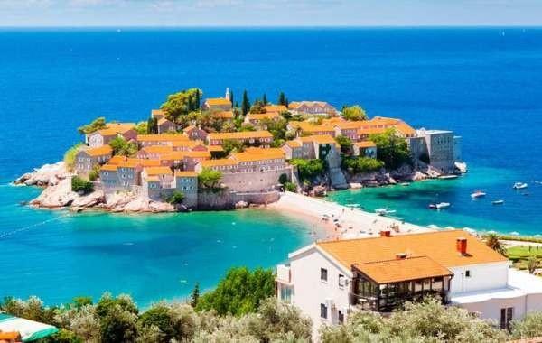 В Черногории разъяснили новые правила въезда для туристов