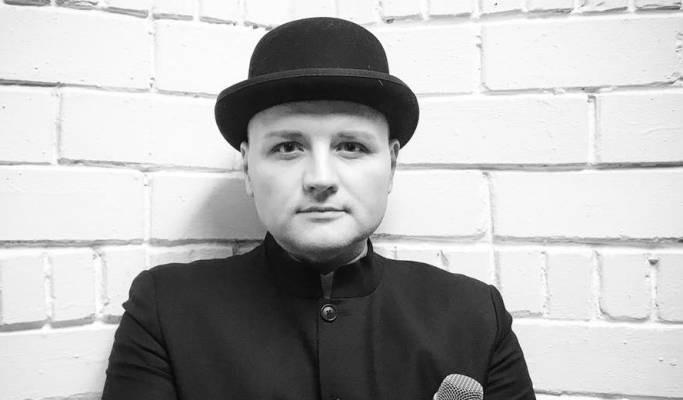 Российский журналист Алексей Остудин раскритиковал поведение представителей певицы Максим