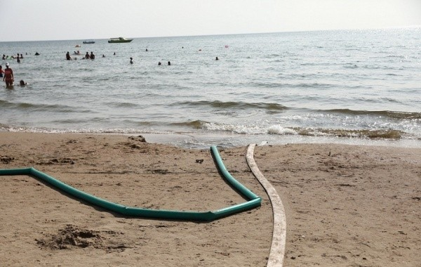 Ураганы и ливни не позволяют отдыхающим насладиться курортами Краснодарского края