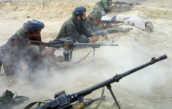 На севере Афганистана возобновились боестолкновения с талибами