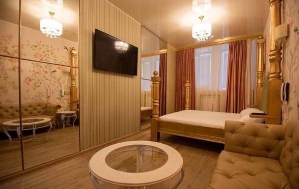 Почасовой отель Трефен по доступным ценам на Арбате в Плотниковом переулке
