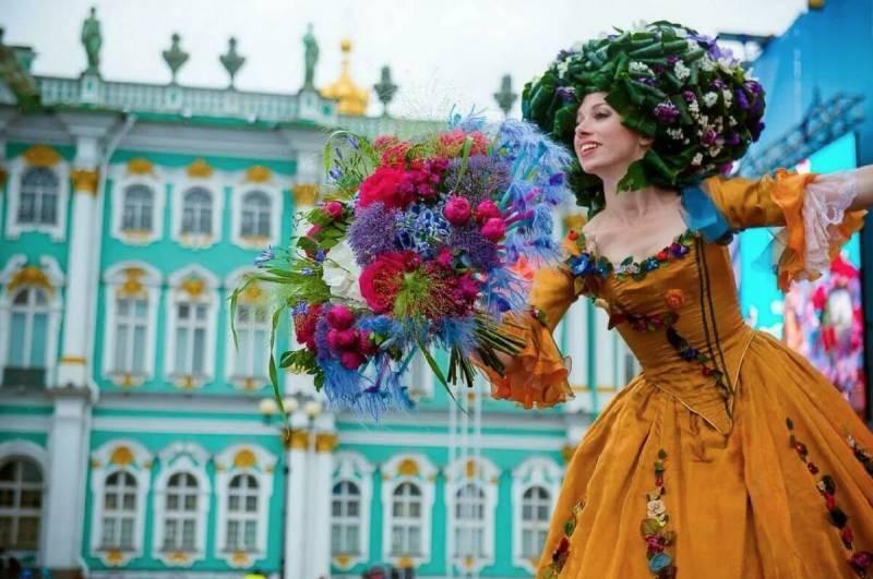 В Санкт-Петербурге стартует фестиваль «Недели туризма-2021» в честь Всемирного дня туризма