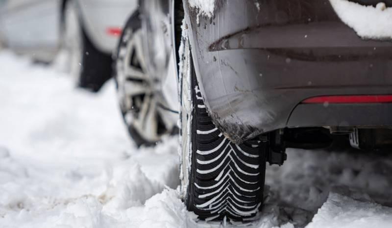 Пора переобуть авто: когда по закону в Москве нужно менять резину на зимнюю в 2021 году
